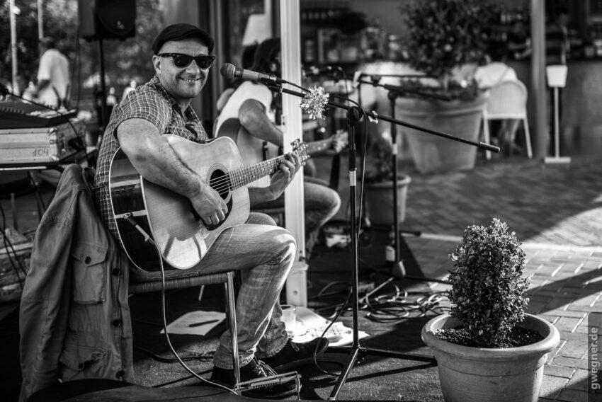 Straßen-Musikant