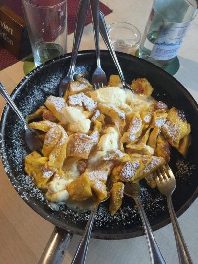 Kulinarisches Highlight in Österreich: Kaiserschmarrn (Foto Willy)