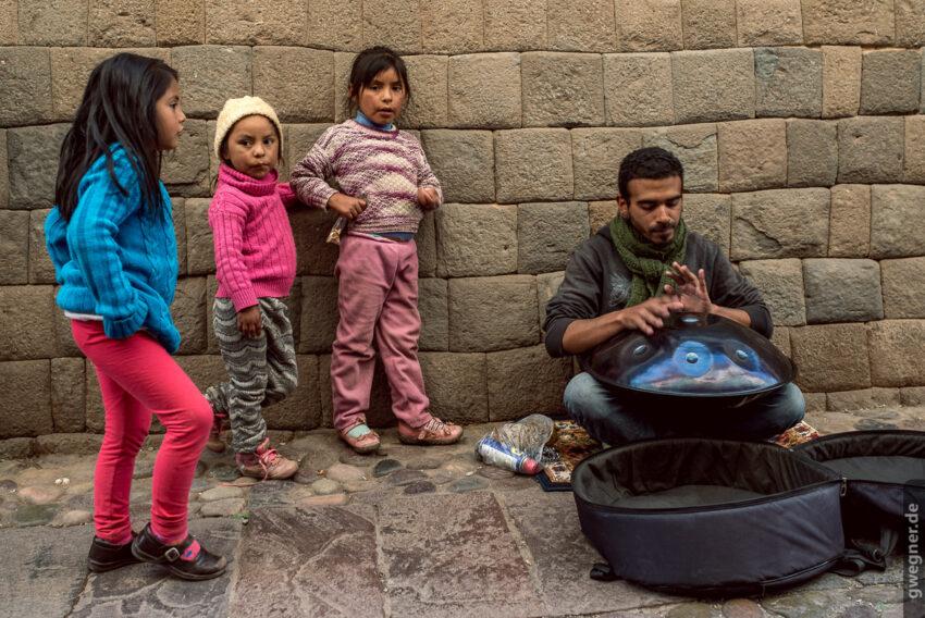 Straßenmusikant in Cusco