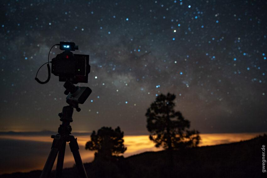 Nikon D750 auf der Vixen Polarie zur Sternen Nachführung beim Zeitraffer.