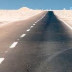 Preisfrage: Warum ist die eine Seite der Straße Schwarz und die andere Nicht? Schreibt uns!
