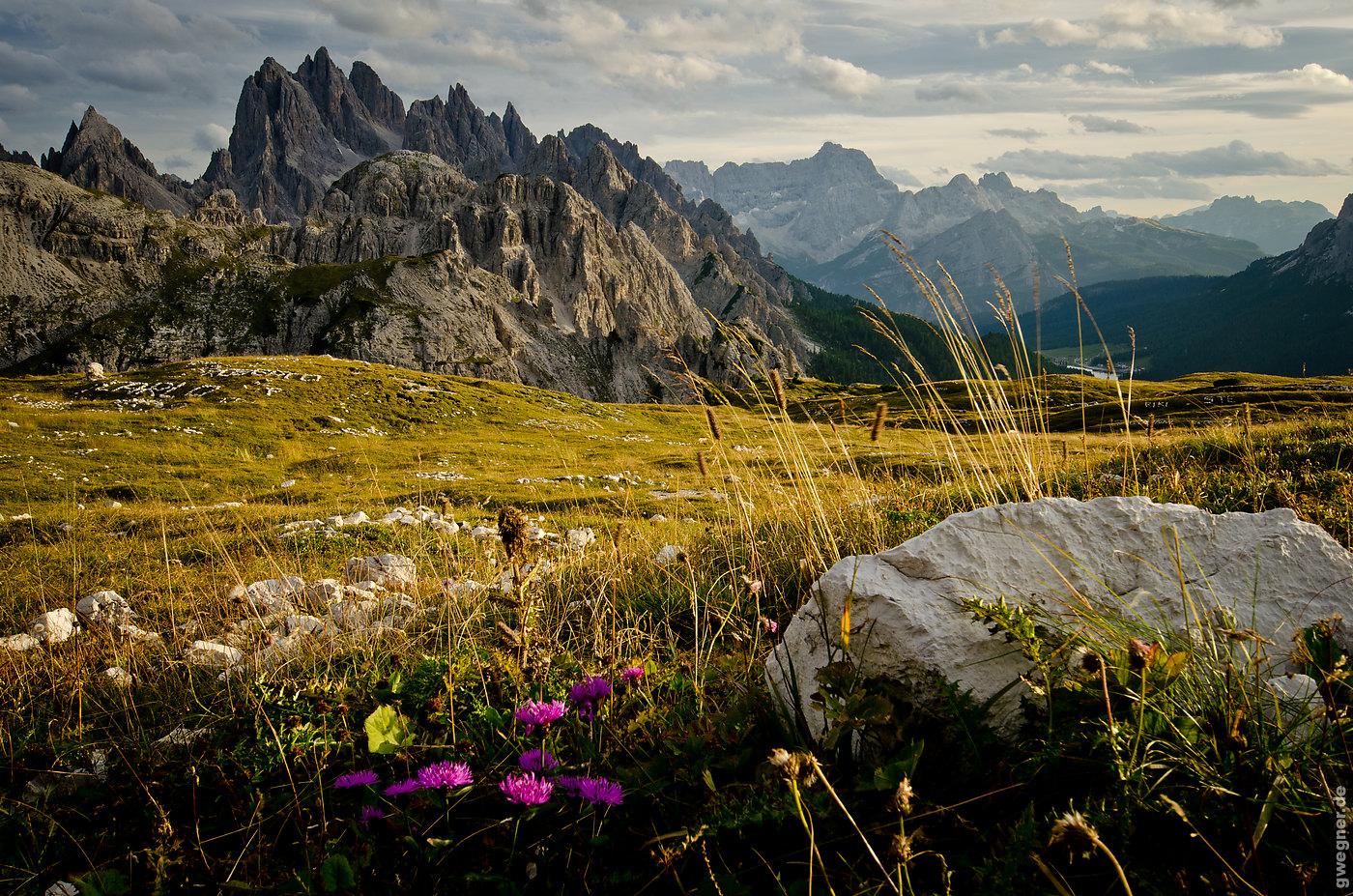 Omasex mit geiler alten Schachtel in den Alpen