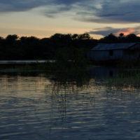 Dämmerung über dem Amazonas