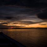 Es wird Abend über dem Rio Negro, Amazonien