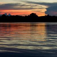 Dämmerung über dem Rio Negro
