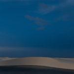 Blaue Stunde: Lençois Maranhenses im Nordosten Brasiliens