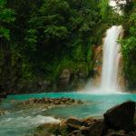 Wasserfall im Tenorio National Park