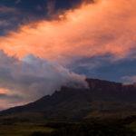 Surrealer Abschied von den Tafelbergen